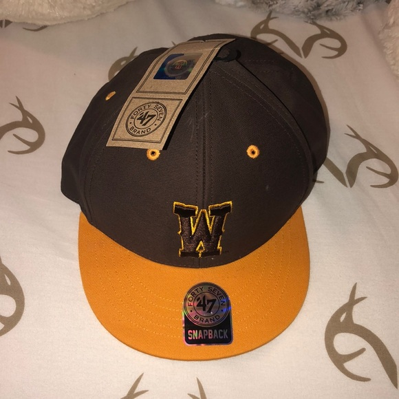 youth wyoming hat NWT